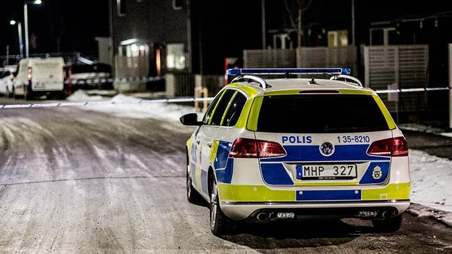 Två skjutna – Mordförsök i villaidyllen kan ha koppling till tidigare skjutning