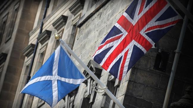 Skottland kräver folkomröstning om självständighet - Igen!