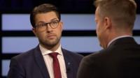 Åkesson och Ygeman kom i polemik med varandra i söndagens SVT Agenda. Foto: Faksimil svtplay.se
