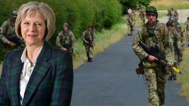 Kritiskt terrorhot: Storbritannien beordrar ut militär på gatorna