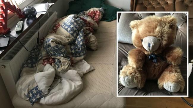 På den här sängen förgrep sig 23-åringen på flera flickor. Foto: Polisen