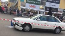 Bil kraschade in i varuhus i Ullared – två skadade