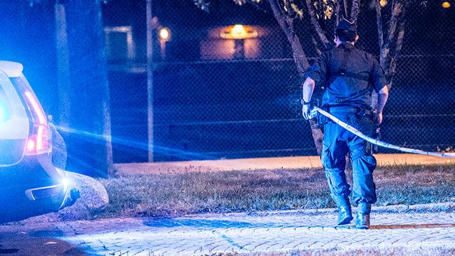 Polis spärrar av. Genrebild. Foto: Nyheter Idag