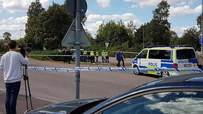 Polisen har spärrat av på platsen. Foto: Privat