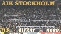 AIK-fansens hälsning fångades på bild.