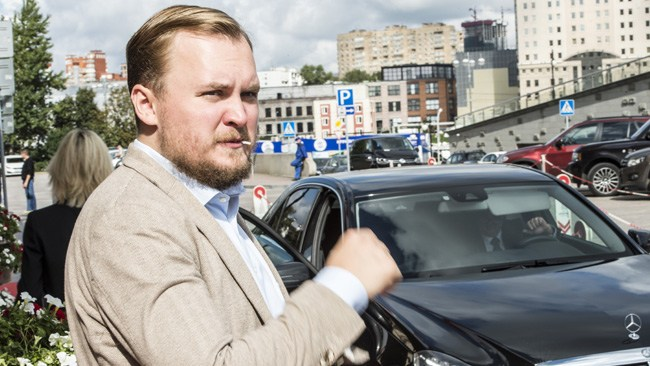 """""""Det var förtäckta hot, ja"""": Lyssna när Gamov berättar om den vilda natten i Moskva"""