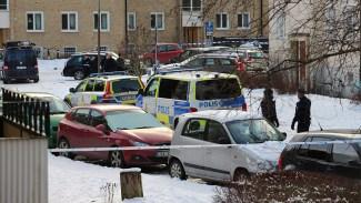 Man skjuten av polis i Stockholm - Sprang runt och hotade med pistolliknande föremål