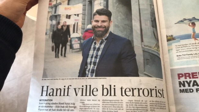 Hanif ville INTE bli terrorist – berättar om rubriken som han nu har anmält