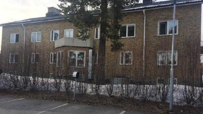 Misstänkt överfallsvåldtäkt bakom skola i Luleå – polisen går inte ut med signalement