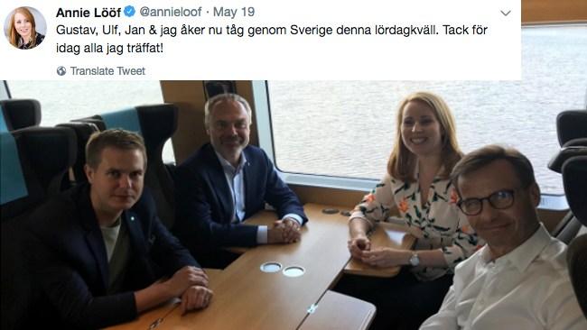 """Här umgås Alliansledarna med Gustav Fridolin (MP): """"Gustav, Ulf, Jan & jag åker nu tåg genom Sverige"""""""