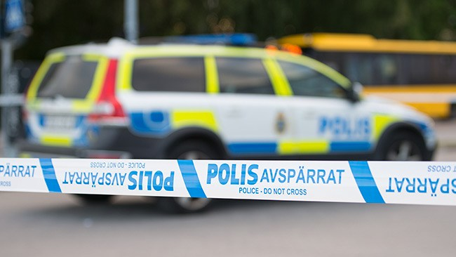 Bombattentat i bostadshus i Stockholmsförort