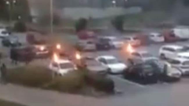 Misstänkta bilbrännare identifierade - polisen i samtal med föräldrarna