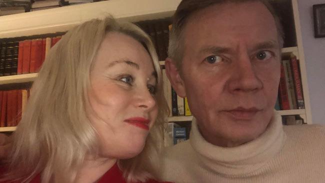 SVERIGE Paret Ann Heberlein och Erik van der Heeg kommer börja skriva för Nyheter  Idag. Därmed stärker Nyheter Idag upp bevakningen av kultur men kommer ... 728af7f42afad