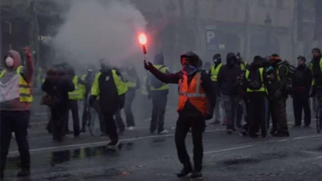"""""""Den allvarligaste sociala kris som Frankrike har upplevt sedan 68"""""""