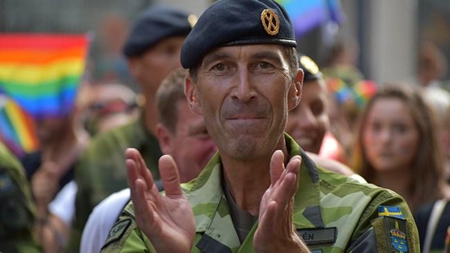"""""""Försvarsmakten ser ju inte det här som ett politiskt ställningstagande på något sätt"""""""