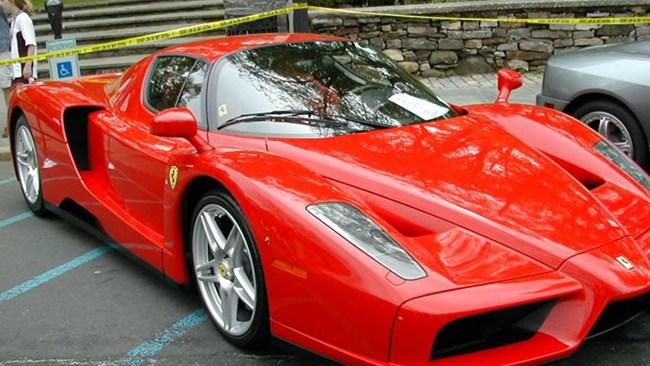 Man tog Ferrari till socialkontoret – nu tar Södertälje krafttag mot bidragsfusk