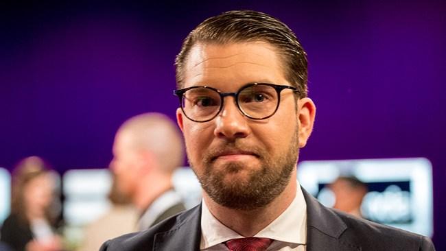Åkessons drömbesked: Kraftig majoritet av M- och KD-väljare vill samarbeta