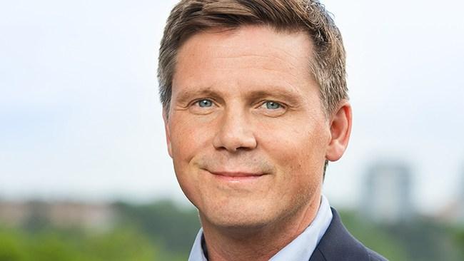 """Vind i seglen för Ullenhag som partiledare: """"Han har det ledarskap som vi nu behöver"""""""