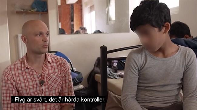 SVT-programledarens insmugglade syrier dömd för knivbrott
