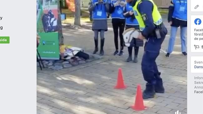"""Hoppa käpphäst – polisen jobbar """"trygghetsskapande"""" i Gottsunda"""