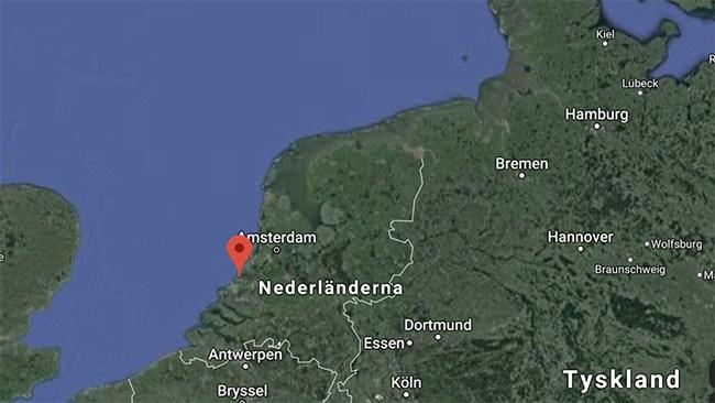 Flera skadade i knivattack i Haag – gärningsman jagas