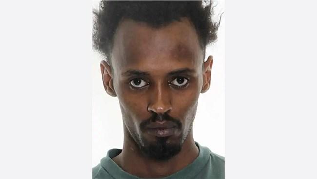Knivmördaren Jamal högg personal och flyttades till ny anstalt – fortsätter missköta sig