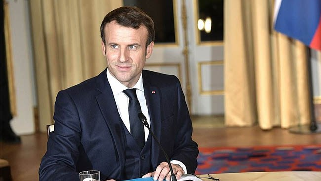 Macron stoppar utländska imamer
