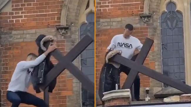 Vandaliserar kyrka – mitt på dagen