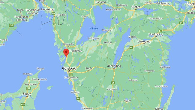 Kvinnor på hundpromenad överfallna av gäng i Stenungsund