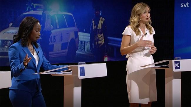 """Krönikör om Buschs klänning: """"Tydligt sexualiserande"""""""