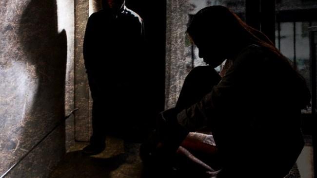 Tvingade med sig barn till källarutrymmen – fick dem att klä av sig med hot om våld