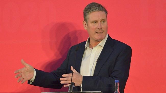 """Labour-ledaren: """"Inte rätt"""" att säga att bara kvinnor har livmoderhals"""